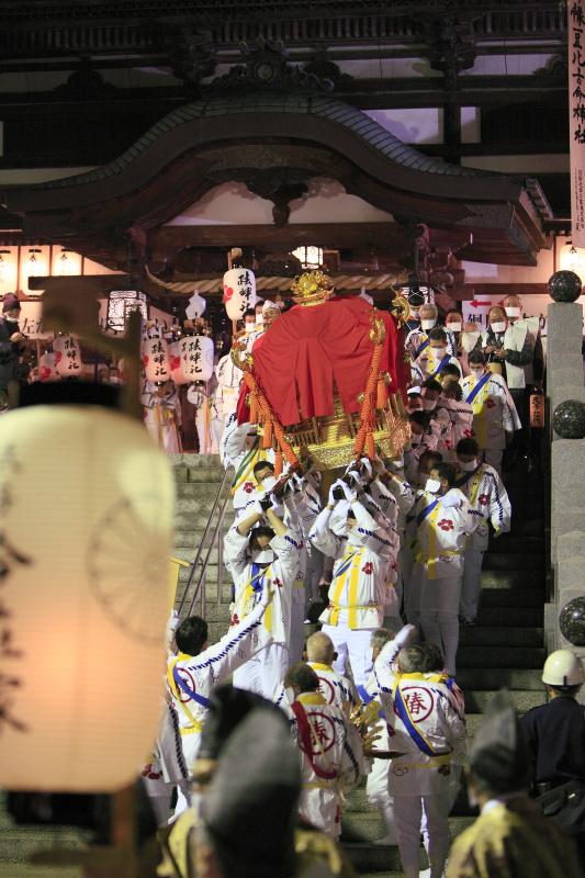 椿まつり_冬(お忍びの渡御、愛媛県松山市)イメージ1