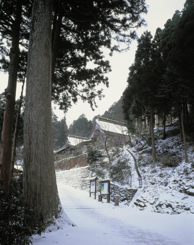 60番 横峰寺_冬(愛媛県西条市)イメージ1