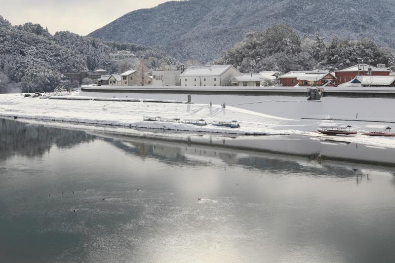 雪の大洲・肱川(愛媛県大洲市)イメージ1