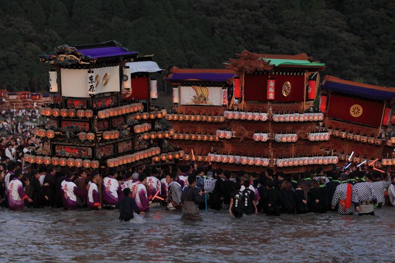 西条祭り_10月(伊曾乃神社川入り、愛媛県西条市)_2イメージ1