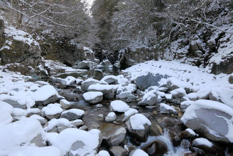 面河渓谷_冬(愛媛県久万高原町)イメージ1